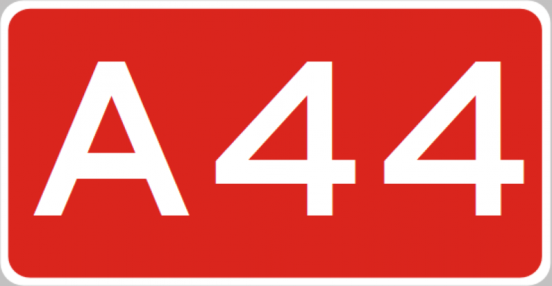 Wegvervoer aanrijding letsel A44 Buitenkaag