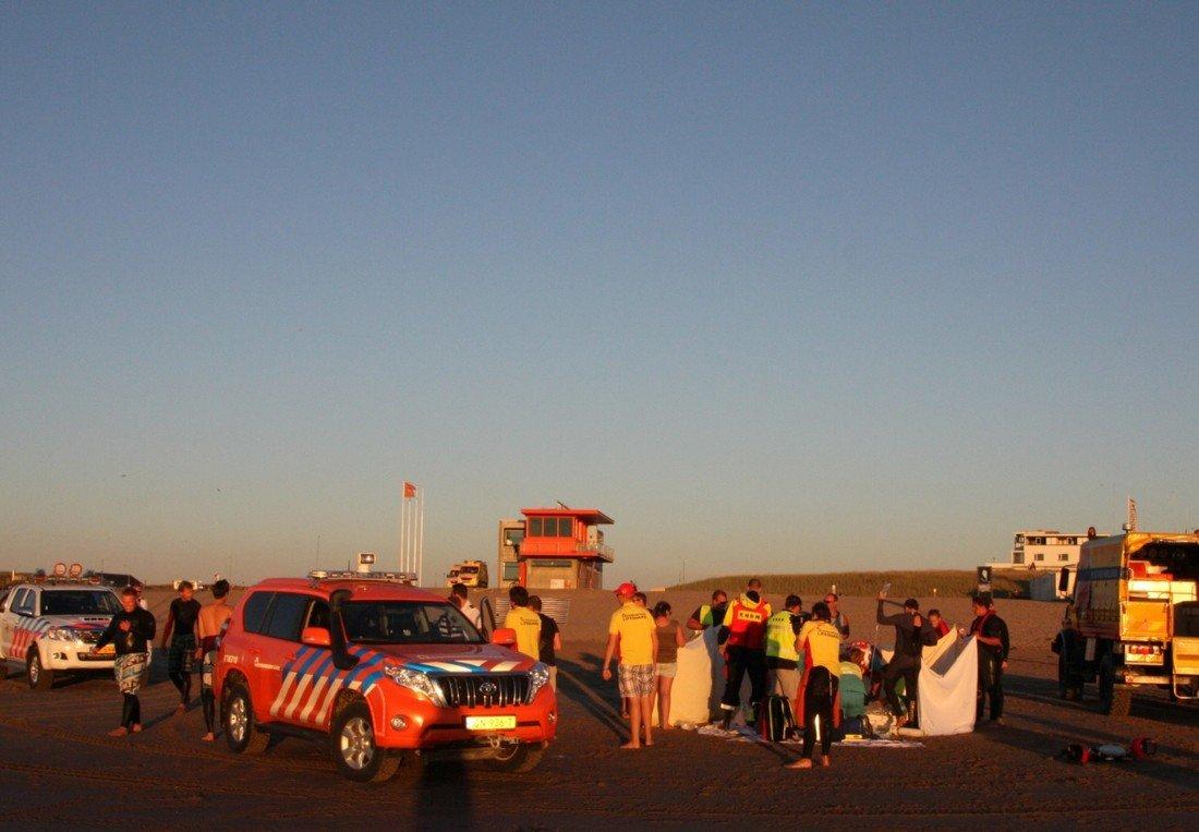 KRB en diverse hulpdienst oefenen op het strand van Katwijk