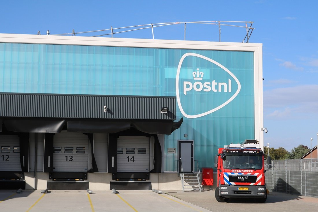 Stormschade bij postNL Sassenheim