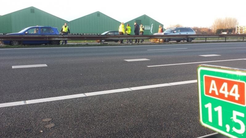 P1 Ongeval wegvervoer materieel (Vk:1) (beknelling licht) Oprit A 44 Sassenheim