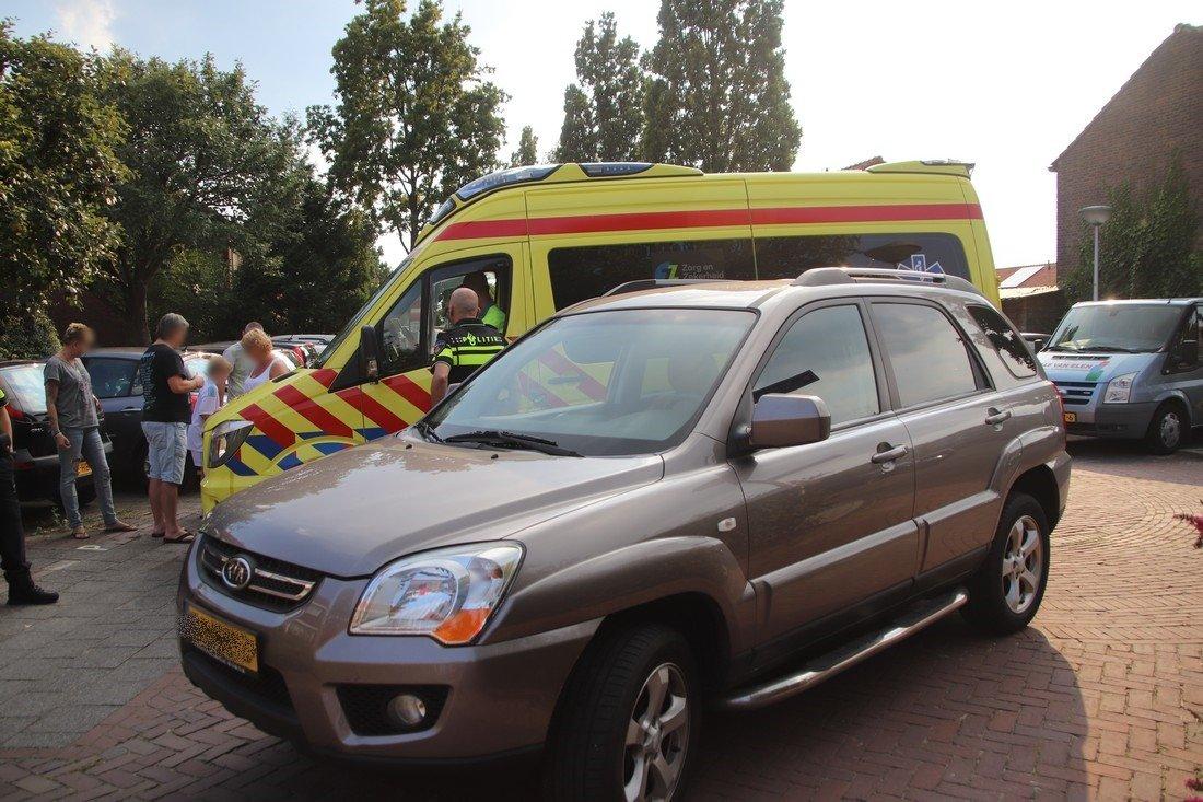 Ongeval fietser met auto op Engelplein Lisse