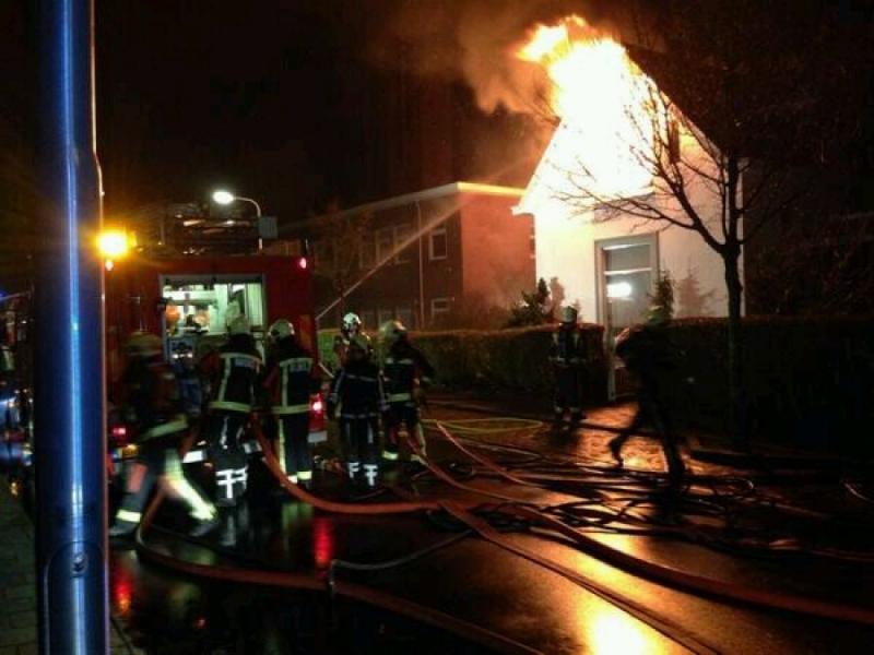 P 1 Gebouwbrand (VK: 1) (Grote brand) Berkhoutlaan LSE 1230