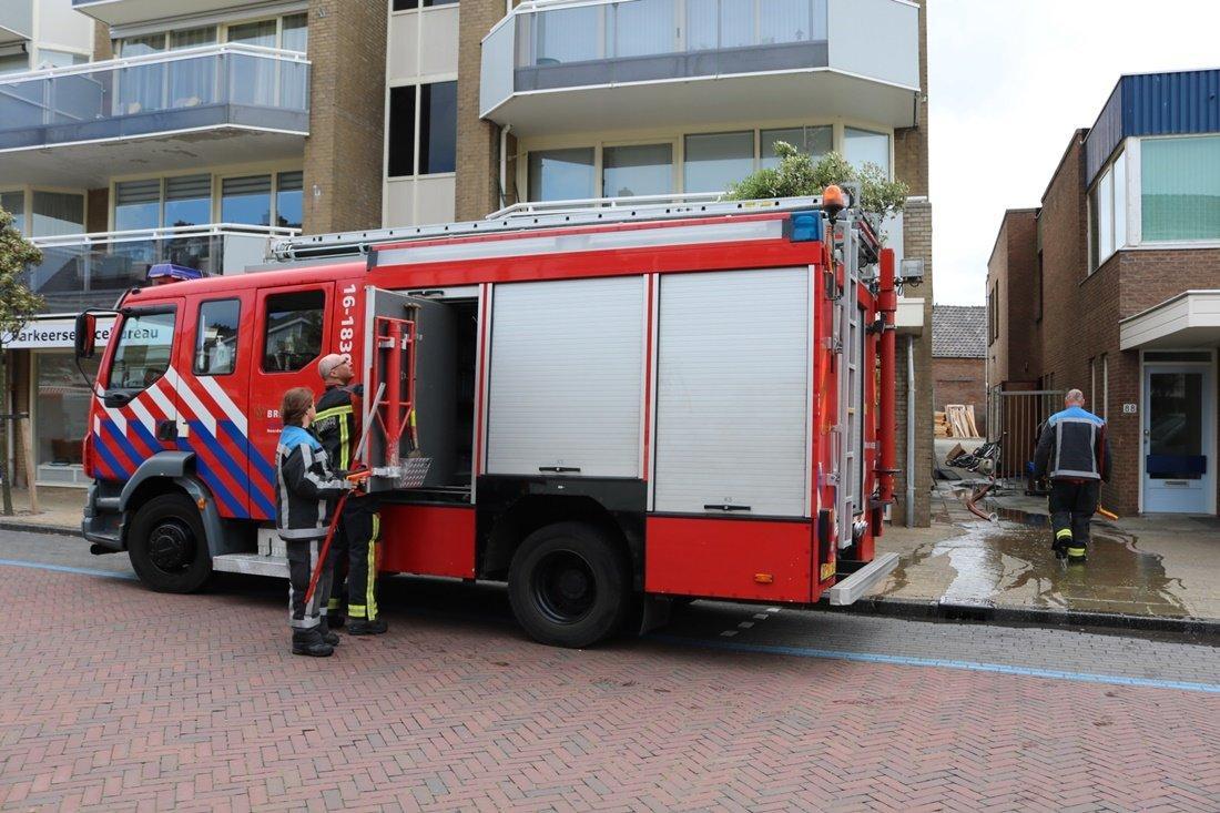Electronicawinkel Joop Faase getroffen door gesprongen waterleiding Noordwijk