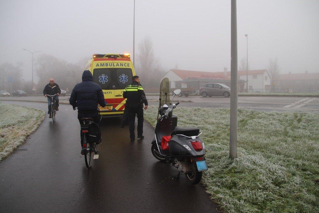 Scooterrijder onderuit door gladheid Katwijk