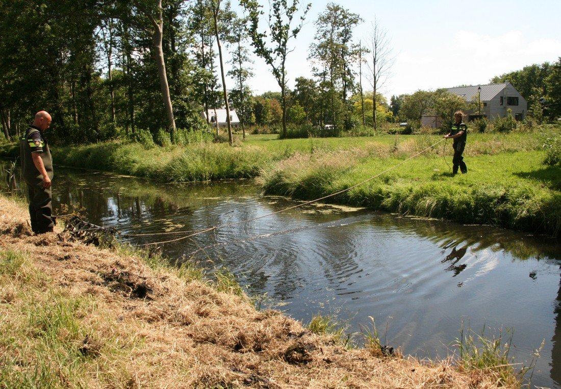 Politie zoekt naar bewijsmateriaal Langervelderweg Noordwijkerhout