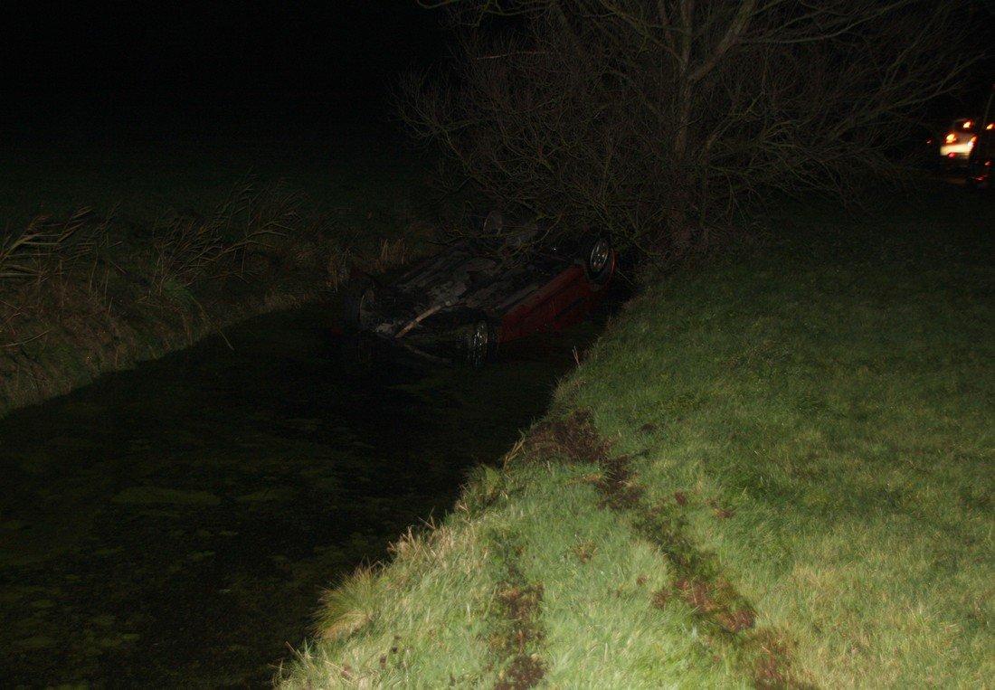 Auto te water Bronsgeesterweg Noordwijk