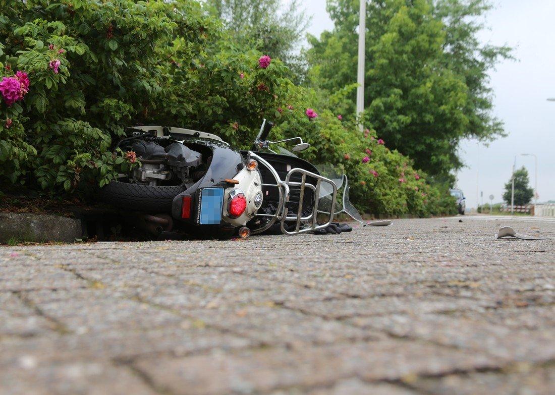 Man gewond bij ongeval Maandagsewetering Noordwijkerhout