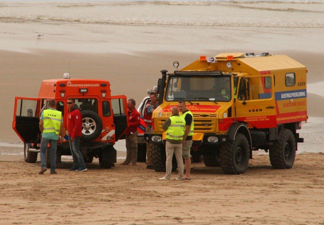 Vrouw valt van paard en raakt hierbij gewond strand afrit 23 Noordwijk