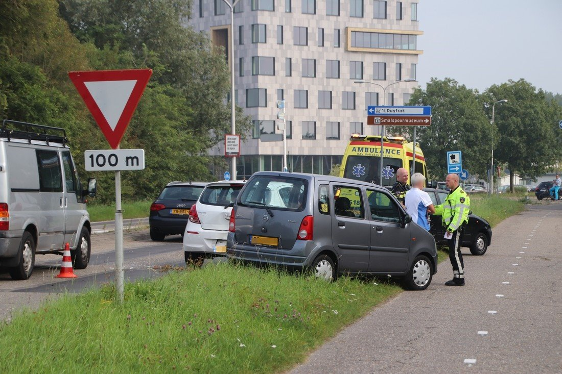 kop staart botsing Voorschoterweg Valkenburg