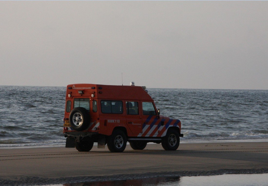 Inzet NRB ter hoogte van strandafrit 2 in Noordwijk