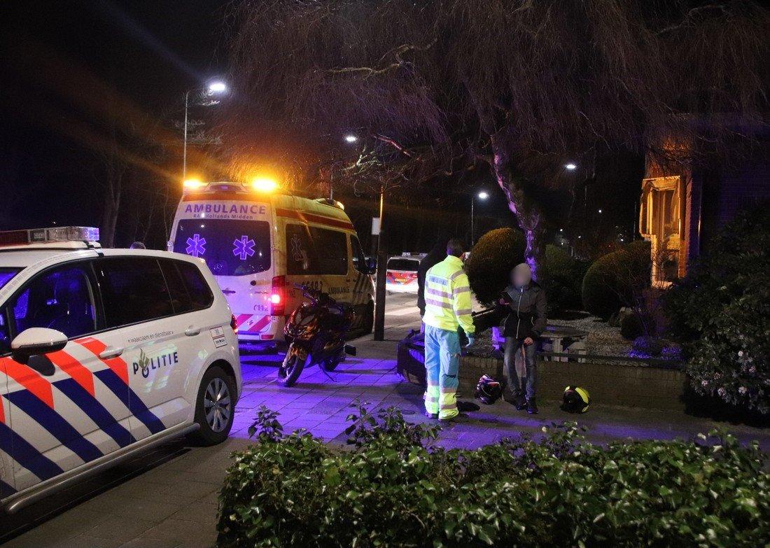 Politie achtervolgt verdachte scooter Parklaan Sassenheim