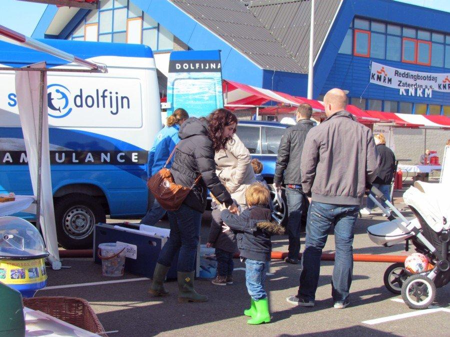 EHBZ en S.O.S Dolfijn aanwezig bij KNRM opendag