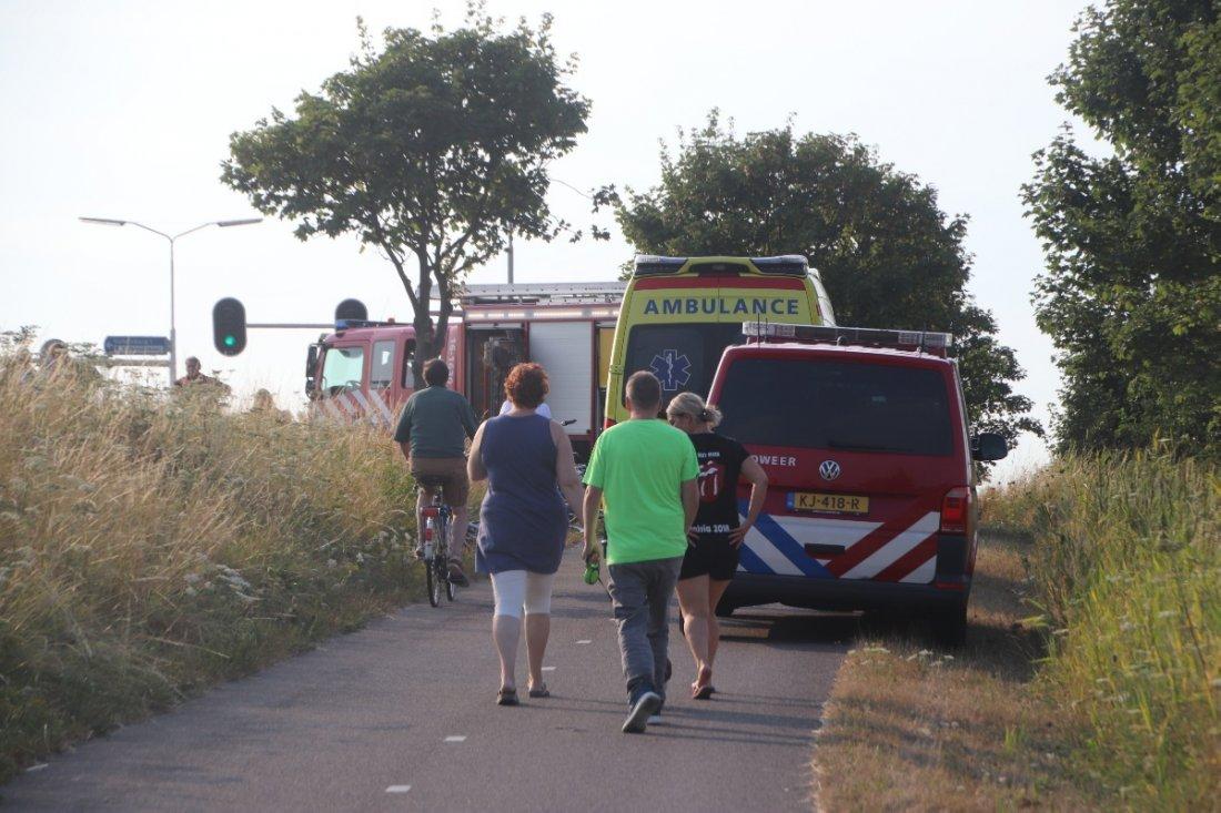 Kind bekneld met voet tussen spaken fiets N206 Valkenburg