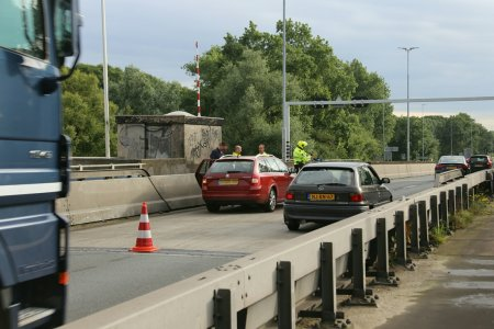 Ongeval auto A44 Sassenheim