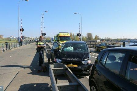 Ongeval meerdere auto's Ir G Tjalmaweg N206 Valkenburg