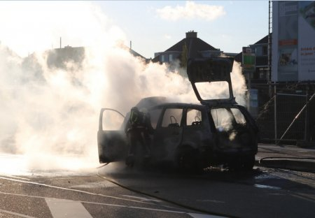 Voertuigbrand Hoofdstraat Sassenhem