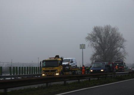 Bestelwagen in brand A44 10,1 L Sassenheim