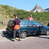 Auto lekt brandstof Bosweg Noordwijk