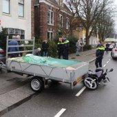 Ongeval scooter met auto/aanhanger Hoofdstraat Sassenheim