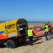 Inzet Kusthulpverleningsvoertuig KNRM Noordwijk strand afrit 22